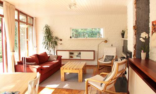 Unieke Woonkamer Iris : Van jaren 70 bungalow tot moderne bosvilla micazu